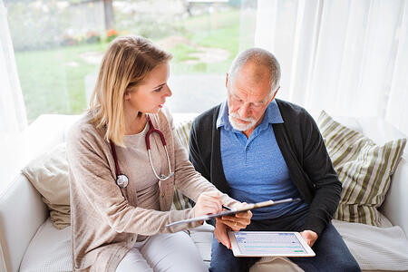 3 Tips to Simplify Senior Health Appointments